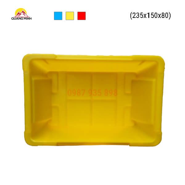 Thung-nhua-A4-mau-vang-mt-235x150x80