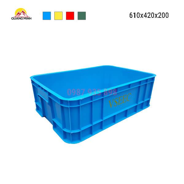 Thung-nhua-dac-B1-song-bit-mau-xanh-duong-mc-610x420x200