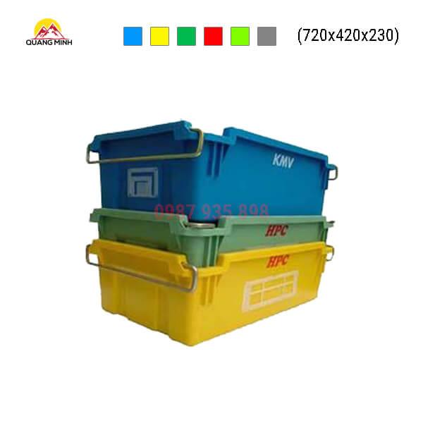 thung-nhua-dac-a2-mau-xanh-vang-720x420x230-cai-tien-bt