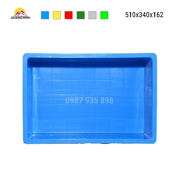 thung-nhua-dac-b4-song-bit-mau-xanh-lam(4)-510x340x162
