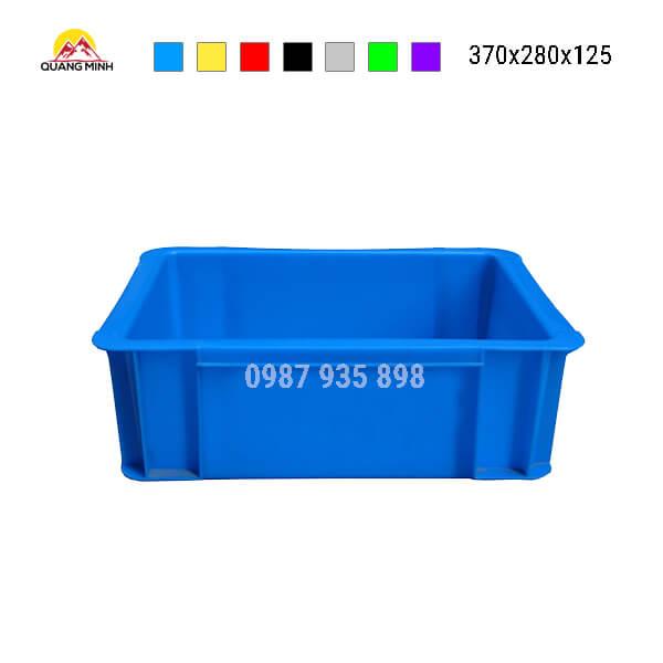 thung-nhua-dac-b7-song-bit-mau-xanh()-370x280x125
