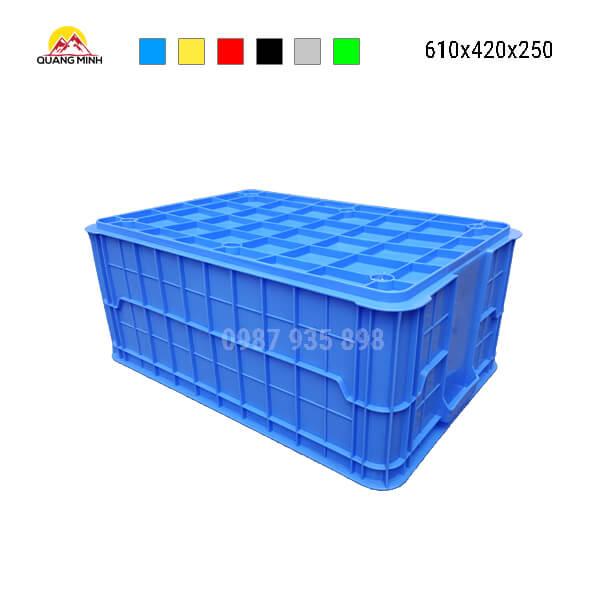 thung-nhua-dac-hs017sb-song-bit-mau-xanh1-610x420x250