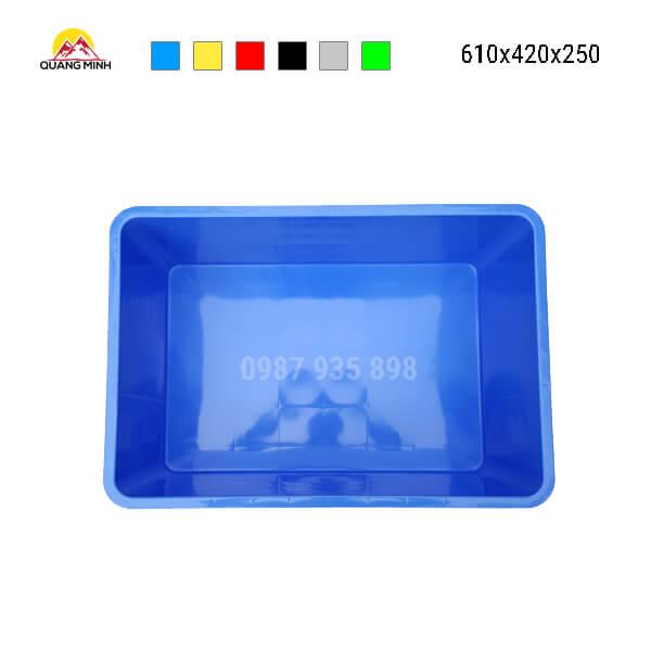 thung-nhua-dac-hs017sb-song-bit-mau-xanh3-610x420x250