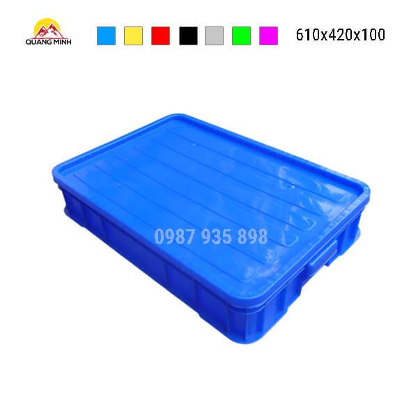 thung-nhua-dac-hs025sb-song-bit-mau-xanh-lam12-610x420x100