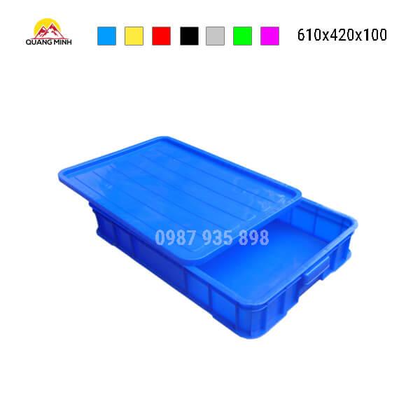 thung-nhua-dac-hs025sb-song-bit-mau-xanh-lam13-610x420x100