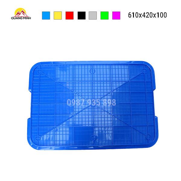 thung-nhua-dac-hs025sb-song-bit-mau-xanh-lam4-610x420x100
