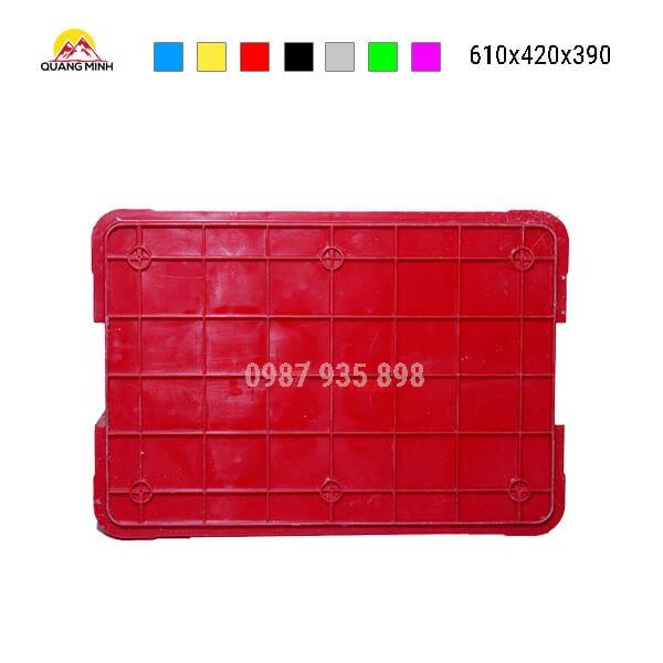 thung-nhua-dac-hs026sb-song-bit-mau-do3-610x420x390