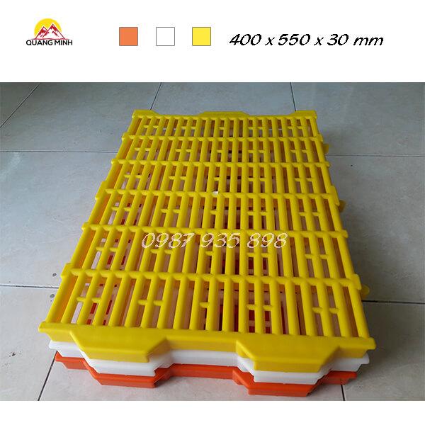 tam-nhua-lot-san-chuong-heo-400x550-mm (7)