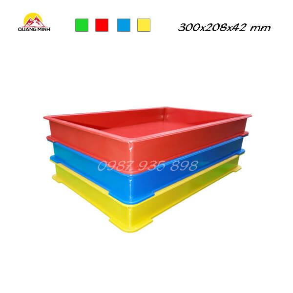 thung-nhua-dac-qm006-sb-300x208x42-mm (3)