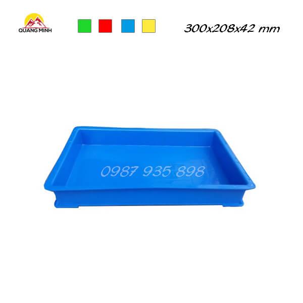 thung-nhua-dac-qm006-sb-300x208x42-mm (5)