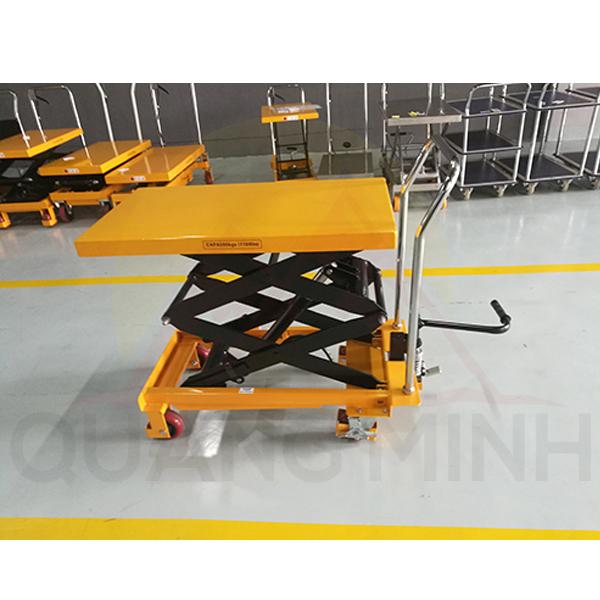xe-nang-mat-ban-ptd1500-1500kg (2)