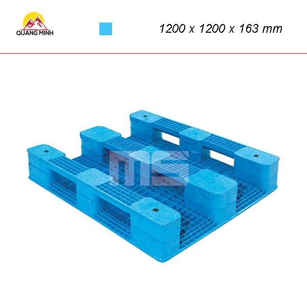 pallet-nhua-mat-bit-wen4-1212as-1200-x-1200-x-163-mm (1)
